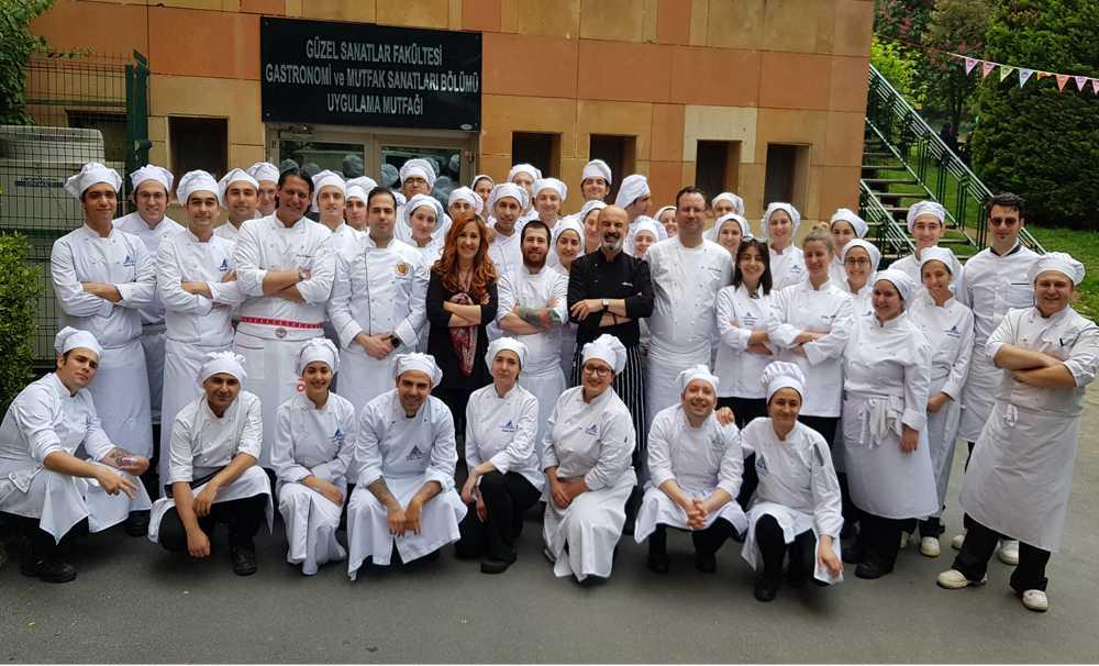 Yeditepe Üniversitesi 60 öğrenciyi kabul edilecek