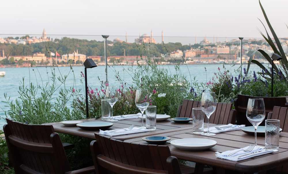 Mürver Restaurant yeni dönemde kapılarını yaz menüsü sürpriziyle açıyor